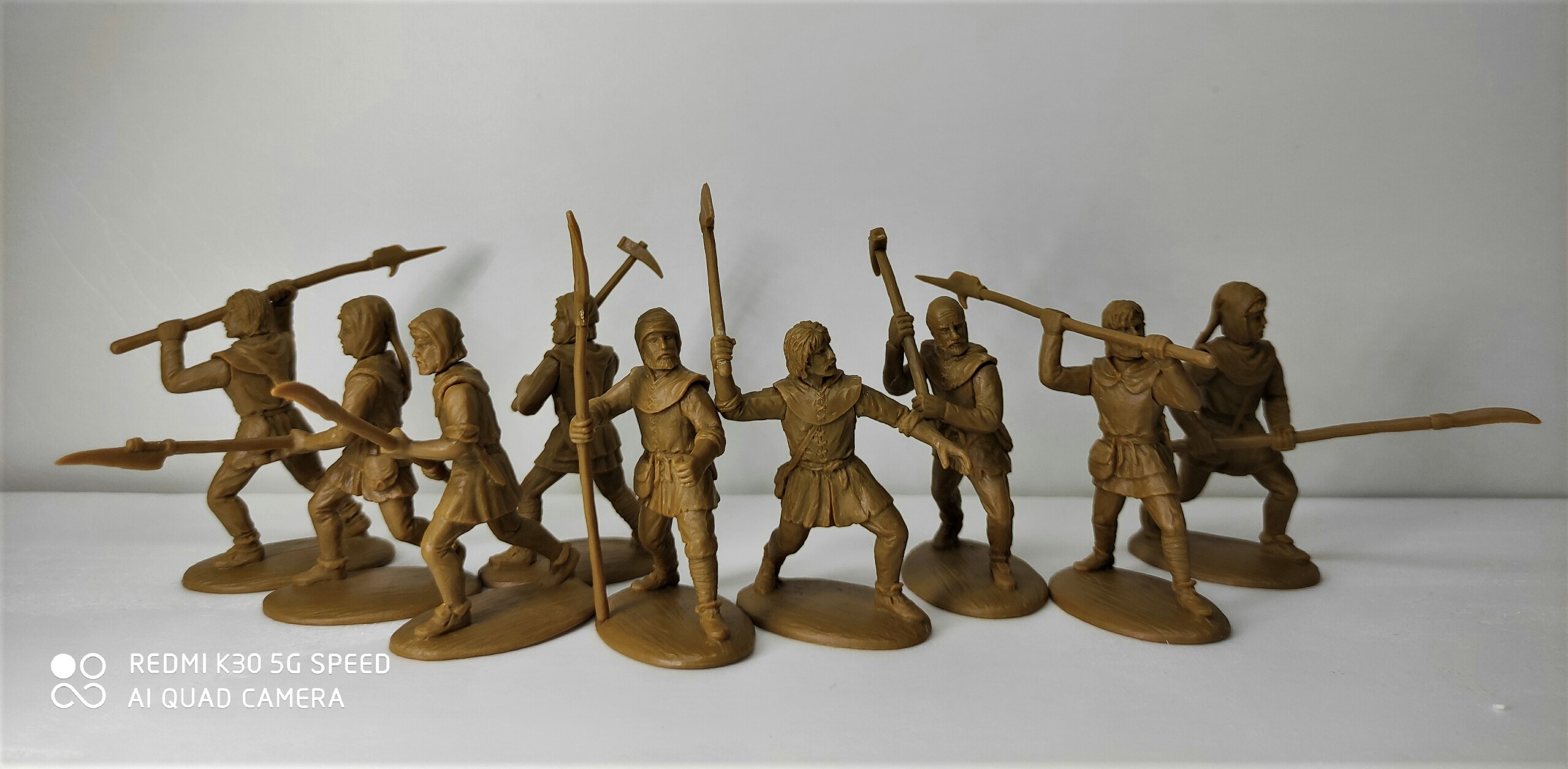 60 NMQ 01 Armed Peasants (14th Century)